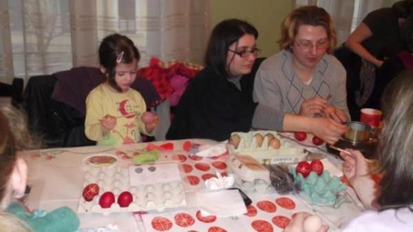 03.28 Húsvéti tojásfestés